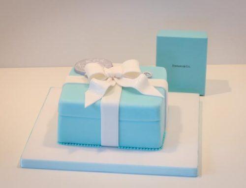 Tiffany Present Cake